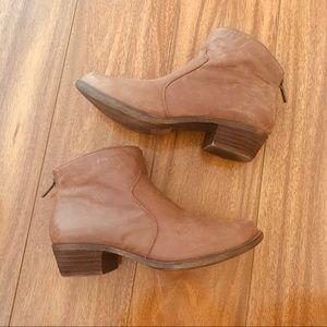 Tan Distressed Ankle Leather Boots